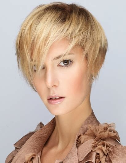 stunning easy hairstyles  short hair hairstyle  women