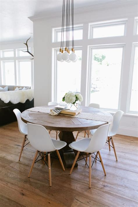 farmhouse style round dining table round farmhouse table dining room farmhouse with table