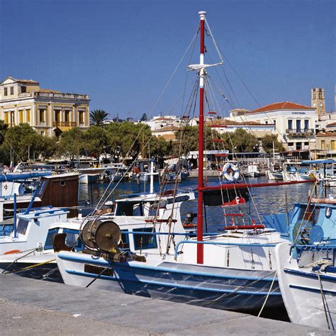 Égine, L'île Aux Pistaches