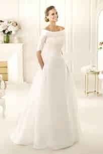 simple winter wedding dresses 48 sleeve wedding dresses for winter brides winter weddings wedding dress and