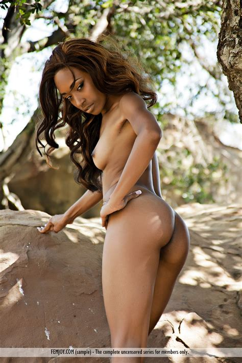 PinkFineArt | Jewel Sweet Jamaica from FEMJOY