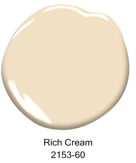 the top 10 best selling benjamin moore paint colors