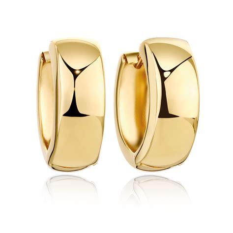 huggie earrings  ct yellow gold