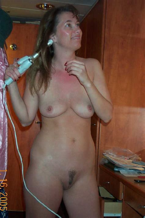 Wild Milf Mom Getting Ready Naked To Go Partying