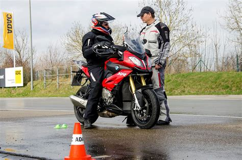 Auf In Den Motorrad-frühling