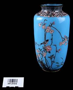 1  U0026 39 Shippo U0026 39  Ware Blue Vase  Porcelain With Wire  Blue  With