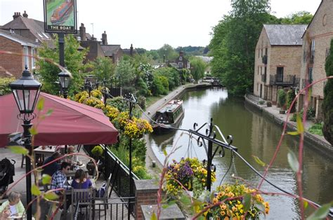 Berkhamsted Canal Boat Hire by The 25 Best Narrowboat Holidays Uk Ideas On