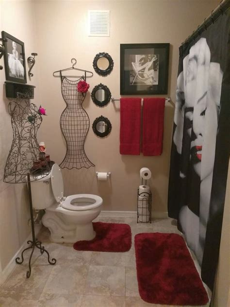 luv  red  black marilyn monroe bathroom red bathroom decor restroom decor bathroom red