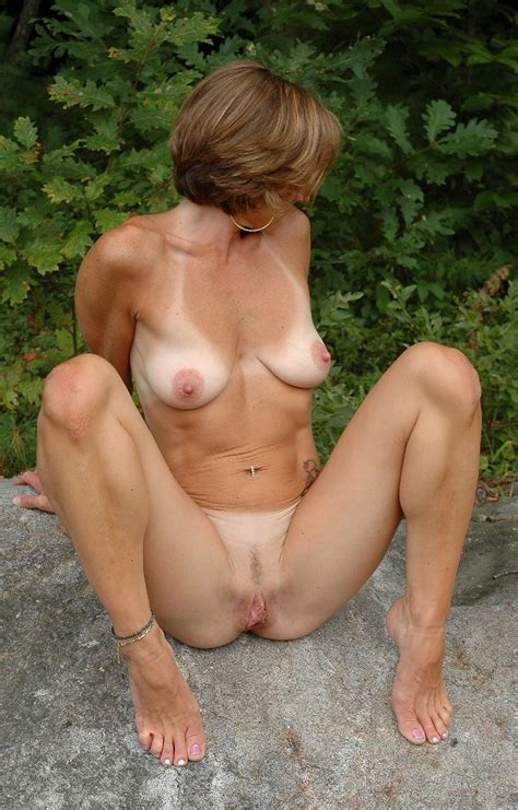 65 In Gallery 140429 Cougars And Milfs Picture 3