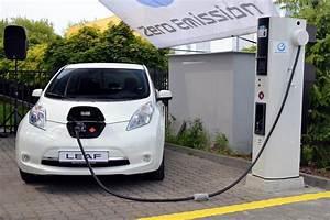 Véhicules électriques 2018 : voiture lectrique nissan pr pare un mod le low cost pour 2018 ~ Maxctalentgroup.com Avis de Voitures