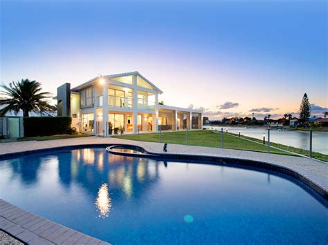 cadence avenue mermaid waters qld  property details