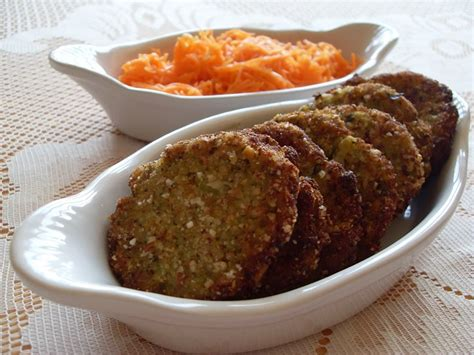 comment cuisiner les brocolis galettes de pommes de terre brocoli et noisettes vegan