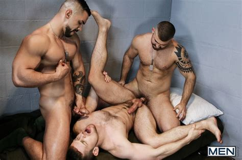 free naked gay men big dicks gay porn video and picture blog