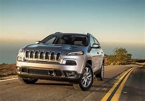 Prix Jeep : prix jeep cherokee 2014 baroudeur chic et cher l 39 argus ~ Gottalentnigeria.com Avis de Voitures