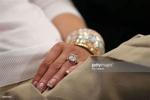 the 25 best melania trump wedding ring ideas on pinterest With donald trump wedding ring