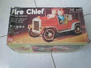 Vintage 70 U0026 39 S Tin Toy Fire Engine Battery Operated Mib