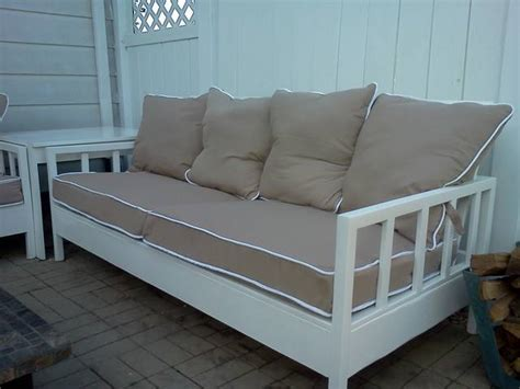 ana white simple white outdoor sofa  loveseat diy
