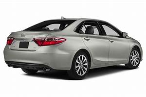 New 2015 toyota camry price photos reviews safety for 2015 toyota camry le invoice price