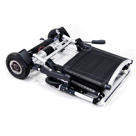 chaise roulante pliable fauteuil roulant électrique pliable et léger le zinger
