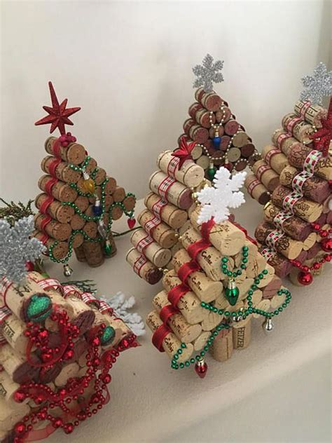 mini wine cork diy ideas  christmas ornaments sumcoco