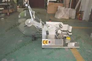 Table Labeling Machine For Square Bottle With Plc Control