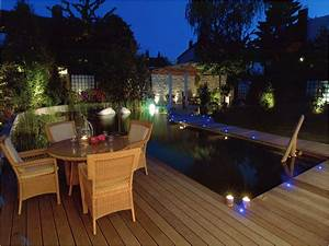 7 tendances pour illuminer sa piscine laurie lumiere With amenagement terrasse et jardin photo 7 eclairage terrasse et escalier lumiare elec design