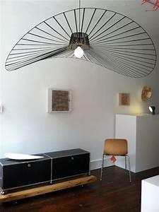 Luminaire Salon Design : suspension vertigo infos photos et conseils pour l 39 int grer notre d cor ~ Teatrodelosmanantiales.com Idées de Décoration