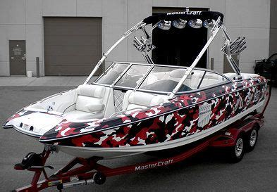 Axis Boats Alberta by 1000 Ideas About Boat Wraps On Speed Boats