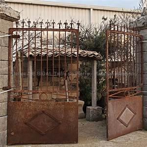 Gond Portail Fer : portail ancien en fer forg avec son gonds large portail fer ~ Premium-room.com Idées de Décoration