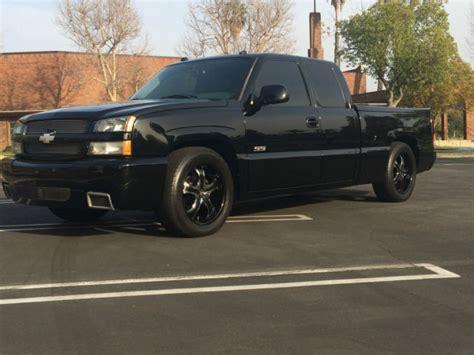 chevy silverado ss  motor awd black  black