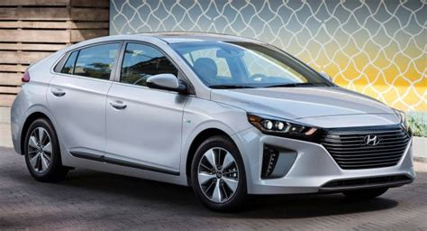 New Vehicles 25000 by New 2019 Hyundai Ioniq In Hybrid Starts At 25 000