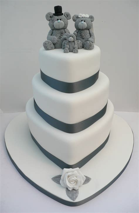 wedding cake bakery near me me to you wedding cake cakes