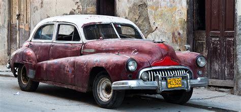 amerikanische schlitten  kuba zehn bilder fuer urlaubsflair