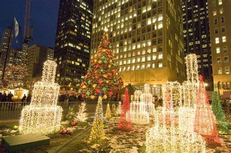 chicago christmas - Fountains of light | Chicago christmas ...