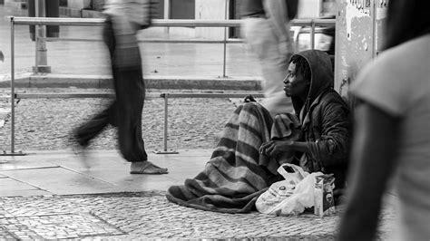 bit  cash      streets   years