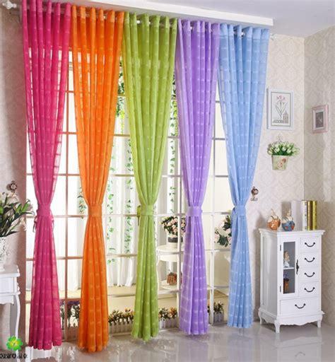 gardinen jugendzimmer gardinenvorschläge frühlingshafte vorhänge und gardinen