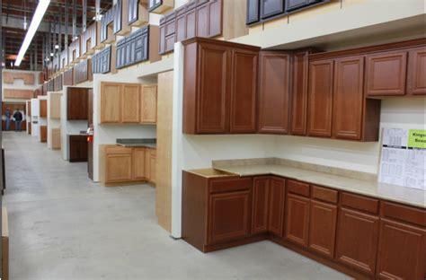 builders surplus kitchen bath cabinets santa ana ca 92705 kitchen cabinets showroom yelp