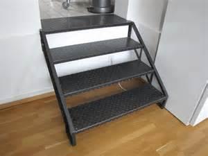 kleine treppe galerie hammerart schmiede jürgen weist bielefeld kleine treppe mit genieteten wangen und