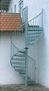 verzinkte treppen spindeltreppen fluchttreppen aus stahl verzinkt für außen ab 1 990