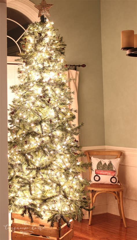 how to put lights on a christmas tree how to put lights on a christmas tree so that it glows