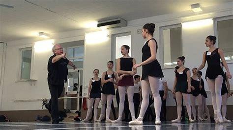 alla maison de la danse la tradizione francese incontra la
