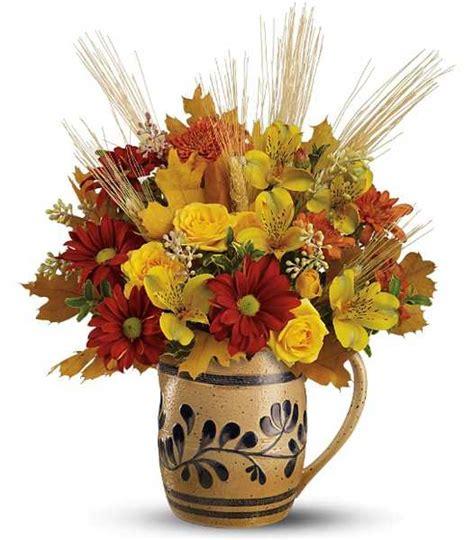 simple fall flower arrangements  gorgeous party table