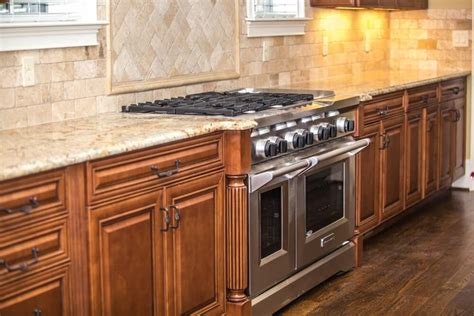 remove grease   kitchen cabinet doors