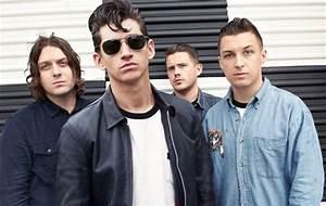 Arctic Monkeys планируют выпустить альбом в следующем году