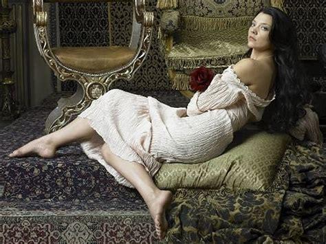 Natalie Dormer In Tudors by Natalie Dormer Hairstyles As Boleyn In The Tudors