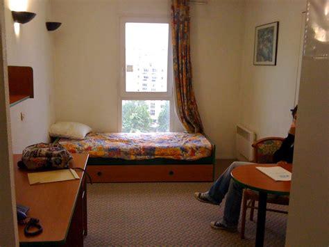 chambre moche relooking logement étudiant 18m2