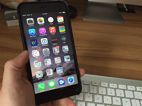 how to use an iphone how to use your iphone 6 plus one handed imore