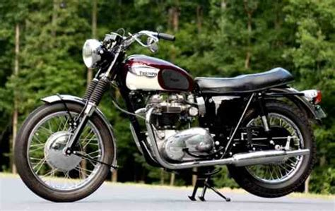 Classic Triumph Motorcycles