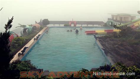 relaksasi seru wisata air panas puncak darajat garut
