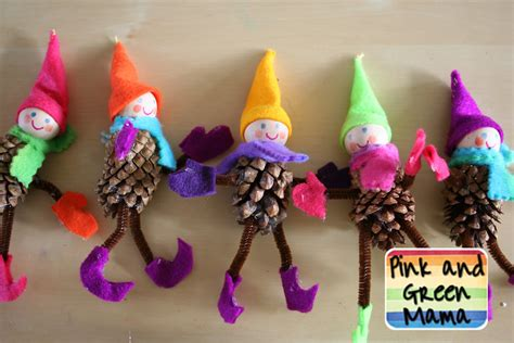 pine cone christmas craft pink and green mama homemade christmas crafts pine cone elves